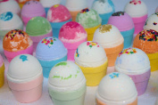 Bath Bomb Fizzy Bon Bon Cupcake 8 Pack 120ml Assorted scents