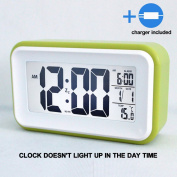 HITO™ 15cm Alarm Clock w/ Date and Temperature Display, Repeating Snooze, Light-activated Sensor Light and Touch-activated Nightlight- Batteries/ USB powered(2Gen Green+charger