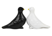 PACIFIC GIFTWARE Magnetic Salt & Pepper Shakers - Kissing Doves