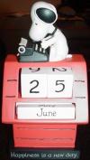 Hallmark Snoopy PAJ3219 Snoopy Perpetual Calendar