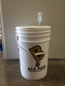 24.6l Fermenting Bucket with Grommeted Lid and 3-piece Airlock