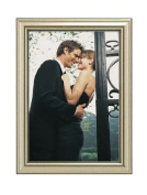Malden International Designs Traditions Moulding Wooden Picture Frame, 13cm by 18cm , Silver