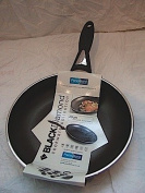 Diamond 20Cm Non Stick Frying Pan in Black