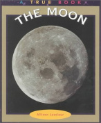 The Moon (True Books: Space)