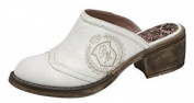 Beautiful Clogs crushed look in white