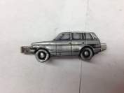 Range Rover 4 Door ref197 pewter effect car emblem on a Tie Clip (slide) Handmade in sheffield comes with PrideInDetails gift box