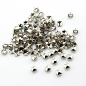 100pcs 8mm Pyramid Square DIY Metal Studs 4 Prongs Spots Nailheads Spikes for Bag Shoes Jeans Bracelet Silver