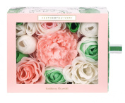 Heathcote & Ivory Lily of the Valley Bathing Flowers in Sliding Box 85 g
