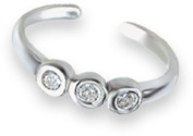Sterling Silver Cubic Zirconia Toe Ring with 3 stones - Adjustable size - Gift Boxed. 0961CZ.