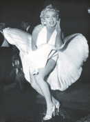 Marilyn Monroe Black and White Canvas Print