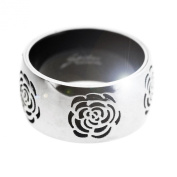 Spikes 316L Stainless Steel Silver and Black Flower Ring. Beautifully presented in a red gift box and organza bag.