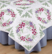 Design Works Crafts Stamped Embroidery Bleeding Hearts Quilt Blocks (Set of 6), 46cm by 46cm