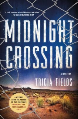 Midnight Crossing: A Mystery (Josie Gray Mysteries)