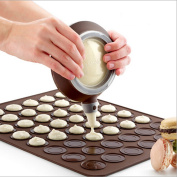 Crystallove Silicone Macaron Baking Mould Set of Decorative Piping Pot with 4pcs Nozzles and Baking Mat