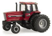 1:64 International Harvester 5288 Tractor