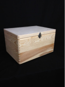 PLAIN WOODEN CHEST CLASPS CHRISTMAS XMAS EVE BOX DIY BOX/ TOY BOX/ STORAGE CHEST TRUNK/ UNPAINTED WOODEN TRUNK 39.5x 30x 24cm
