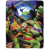 "Nickelodeon Teenage Mutant Ninja Turtles ""Mutant Vortex"" 100cm x 130cm Silk Touch Throw"
