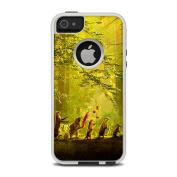 DecalGirl OCI5-SPARADE OtterBox Commuter iPhone 5 Case Skin - Secret Parade