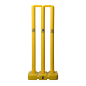 Upfront Opttiuuq Frontfoot Plastic Stumps and Base. 70cm JUNIOR size cricket academy/club quality training stumps with detachable base. JUNIOR SIZE.