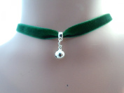 Dunns-jewels Classic 10mm Gothic Velvet choker in Green with a 8mm jingle bell