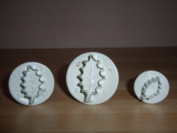 Holly Leaf (Medium Size) Plunger Cutters
