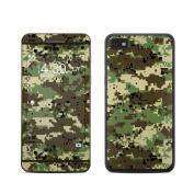 DecalGirl BZ10-DIGIWCAMO BlackBerry Z10 Skin - Digital Woodland Camo
