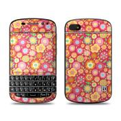 DecalGirl BQ10-SQUISHEDFLWRS BlackBerry Q10 Skin - Flowers Squished