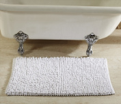 Better Trends BALC24WH Loopy Chenille Bathrug White - 60cm . Square