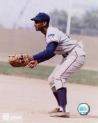 Photofile PFSAAEO03401 Ernie Banks - Fielding Sports Photo - 8 x 10