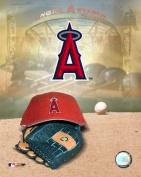Photofile PFSAAGR11001 Anaheim Angels - 05 Logo Cap and Glove Sports Photo - 8 x 10