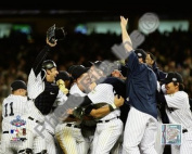 Photofile PFSAALV17801 New York Yankees Team Celebration Game Six of the 2009 MLB World Series - 39 Sports Photo - 10 x 8
