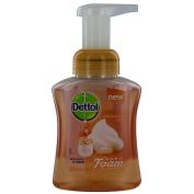 Dettol Touch of Foam Hand Wash Milk & Honey Pump 250ml