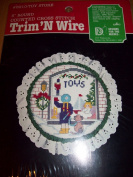 Trim 'N Wire 13cm Round Counted Cross Stitch Kit #22630cm Toy Store""