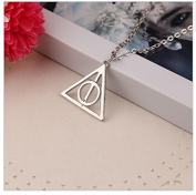 Rotatable Deathly Hallows Necklace Pendant Jewelery Kids Girls Boys Wizzardry Cosplay for any fan Wizzard