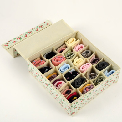 Tune Up Dust-Proof Drawer Dividers Closet Organisers Underpants Scarf Towels Underwear Storage Boxes with cover (Yellow)