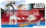 Hot Wheels Star Wars Starship 2-Pack, Snowspeeder (Orange) vs. AT-AT