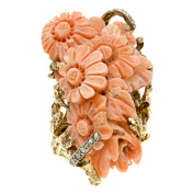 Pre-owned 14k Gold Carved Coral and 1/5ct TDW Diamond Estate Ring