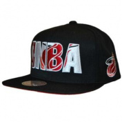 Miami Heat Mitchell & Ness Black Red NBA Logo Structured Snapback Hat Cap