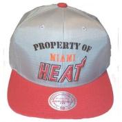 Miami Heat Mitchell and Ness Nylon Buckle Closure Cap
