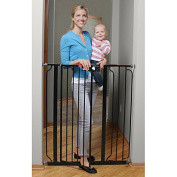 Deluxe Easy Step Extra Tall Gate is perfect to fit a variety of openings in your home. This gate includes a 15cm wide extension kit. The adjustable pressure-mounting system makes installation quick and easy.