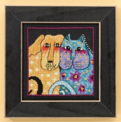 Fur-ever Friends - Dogs Collection (Linen) Cross Stitch Kit