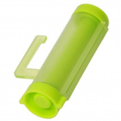 Yingwei Green Rolling Squeezer Toothpaste Dispenser Tube Partner Sucker Hanging Tool