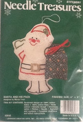 Santa and His Pack Candlewick Christmas Ornament Kit 00848
