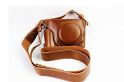 Full Protection Bottom Opening Version Protective PU Leather Camera Case Bag with Tripod Design Compatible For FUJIFILM Fuji X Series X70 with Shoulder Neck Strap Belt Brown
