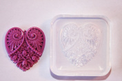 Clear-silicone pendant mould.Size 45x45mm.