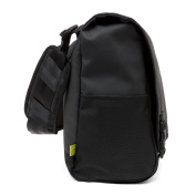 Incase Range Messenger Large Black Lumen