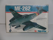 "USAirfix ""WW II German Me 262 Jet Fighter Aircraft"" Plastic Model Kit"