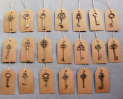 SL crafts Mixed 100pcs Skeleton Keys & 100 pcs Kraft Tags Antiqued Brass Bronze Charms Pendants Wedding favour 34mm-68mm