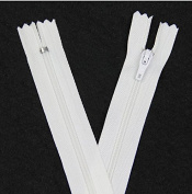 YAKA 50pcs 23cm Nylon Coil Zippers Special Closed Bottom White Zippers