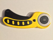 Atlas Connexions 45mm Ergonomic Handle Rotary Cutter, Yellow and Black